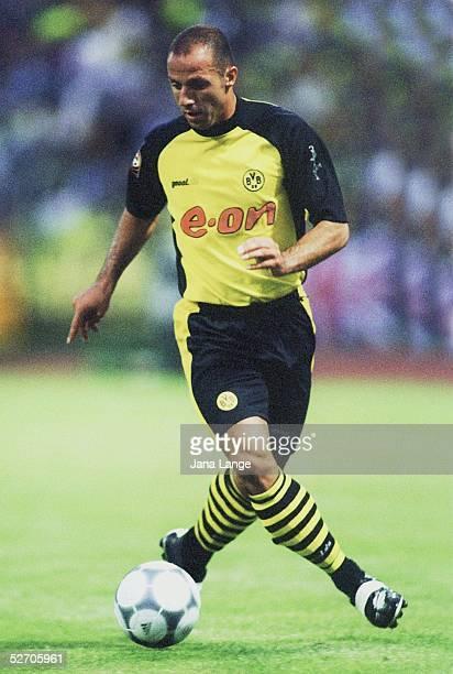 POKAL 2001 Luedenscheid BORUSSIA DORTMUND FC SCHALKE 04 12 Giuseppe REINA/DORTMUND