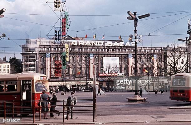 Luettich ca 1961 Grand Bazar am Place SaintLambert