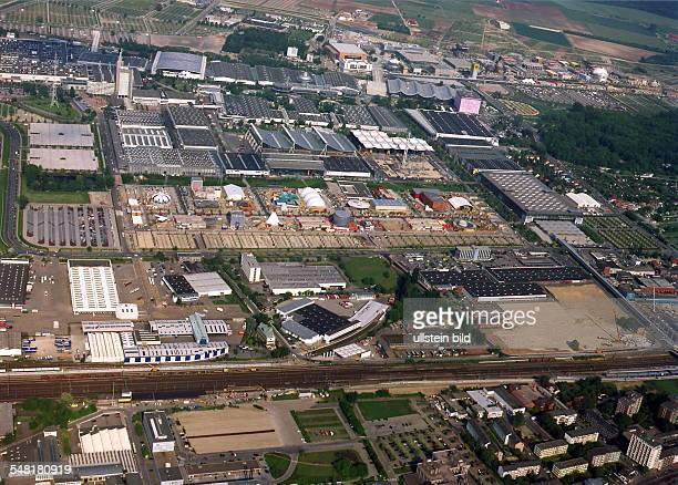 Luftaufnahme: Blick über das Ausstellungsgelände
