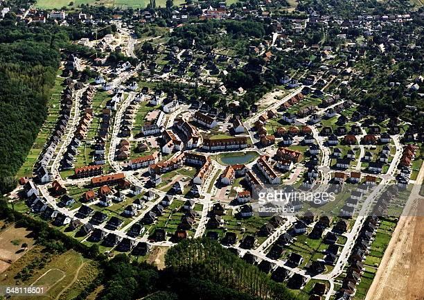 Luftaufnahme des Wohngebietes 'Altes Rad' in Eiche bei Potsdam 1997