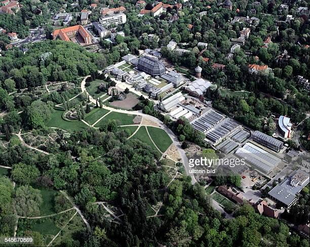 GartenanlagenBotanisches Museum und Gewächshäuser mitTropenhaus 1999