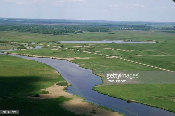 Luftaufnahme vom Fluss Beek in Hammeniederung Worpswede Teufelsmoor Niedersachsen Deutschland Europa Künstlerdorf Künstlerkolonie Reise BB DIG PNr...