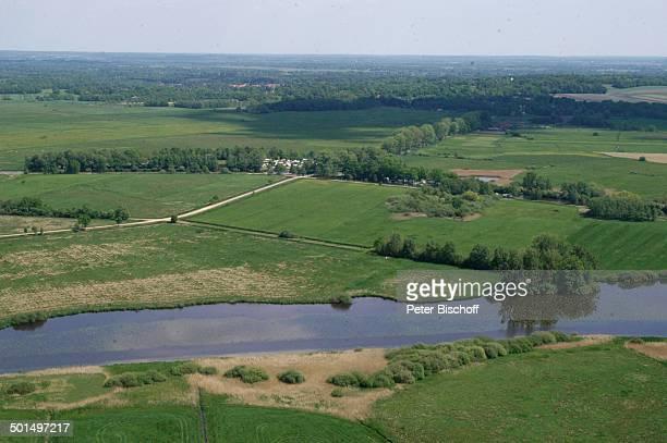 Luftaufnahme vom Fluss Beek und Hamme in Hammeniederung Worpswede Teufelsmoor Niedersachsen Deutschland Europa Künstlerdorf Künstlerkolonie Reise BB...