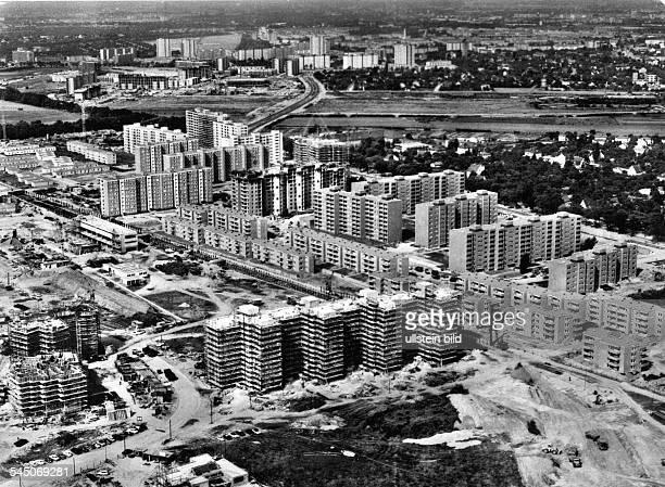 Luftaufnahme während der Bauarbeiten- vor 1969