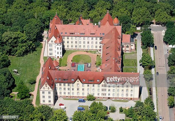 Luftbild Luftaufnahme Ansicht Halle Saale Sachsen Anhalt Saale aue Altersheim Paul Riebeck Stift PaulRiebeckStift