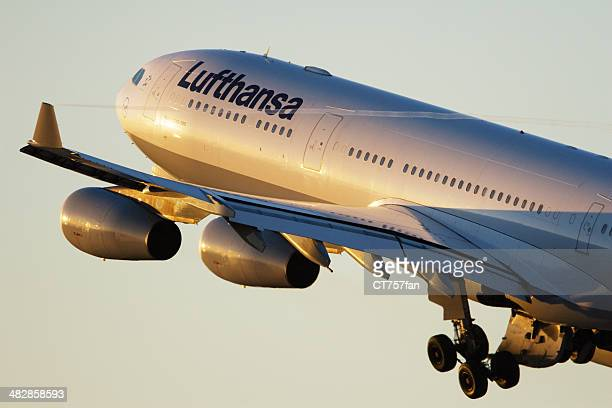 Lufthansa Airbus A340-300 taking off
