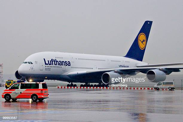 A Lufthansa Airbus A380 airplane taxis after its arrival in Frankfurt Germany on Wednesday May 19 2010 Deutsche Lufthansa AG said the extra seats on...