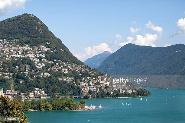 ルガーノ湖/スイスの街 - スイス ルガーノ ストックフォトと画像