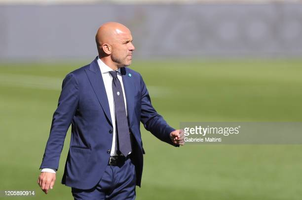 Luigi Di Biagio manager of Spal gestures during the Serie A match between Parma Calcio and SPAL at Stadio Ennio Tardini on March 8, 2020 in Parma,...