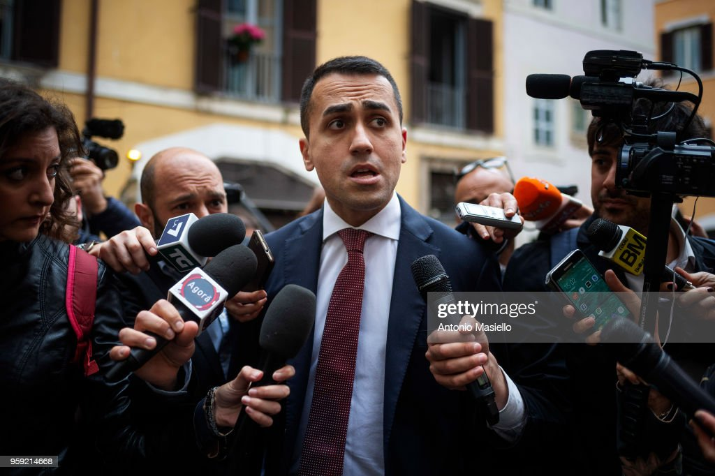 Luigi Di Maio, Leader of 5-Star Movement (M5S) speaks to the press during a new day of meetings for the formation of the new government on May 16, 2018 in Rome, Italy. Today, 5-Star Movement (M5S) leader Luigi Di Maio said that he and Lega leader Matteo Salvini were willing to be outside the government team if this were necessary to make a M5S-Lega executive possible.