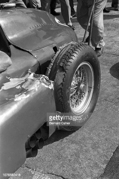 Luigi Musso, Ferrari D50, Grand Prix of Italy, Autodromo Nazionale Monza, 02 September 1956. Luii Musso's Ferrari sufferd fron tyre problems and had...