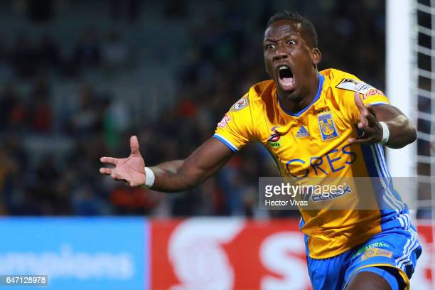 Luis Advincula of Tigres reacts during the quarterfinals second leg match between Pumas UNAM and Tigres UANL as part of the CONCACAF Champions League...