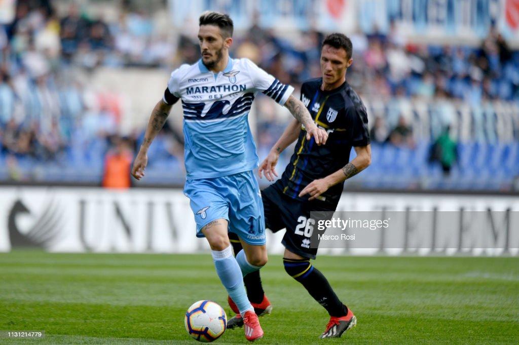 SS Lazio v Parma Calcio - Serie A : Fotografía de noticias