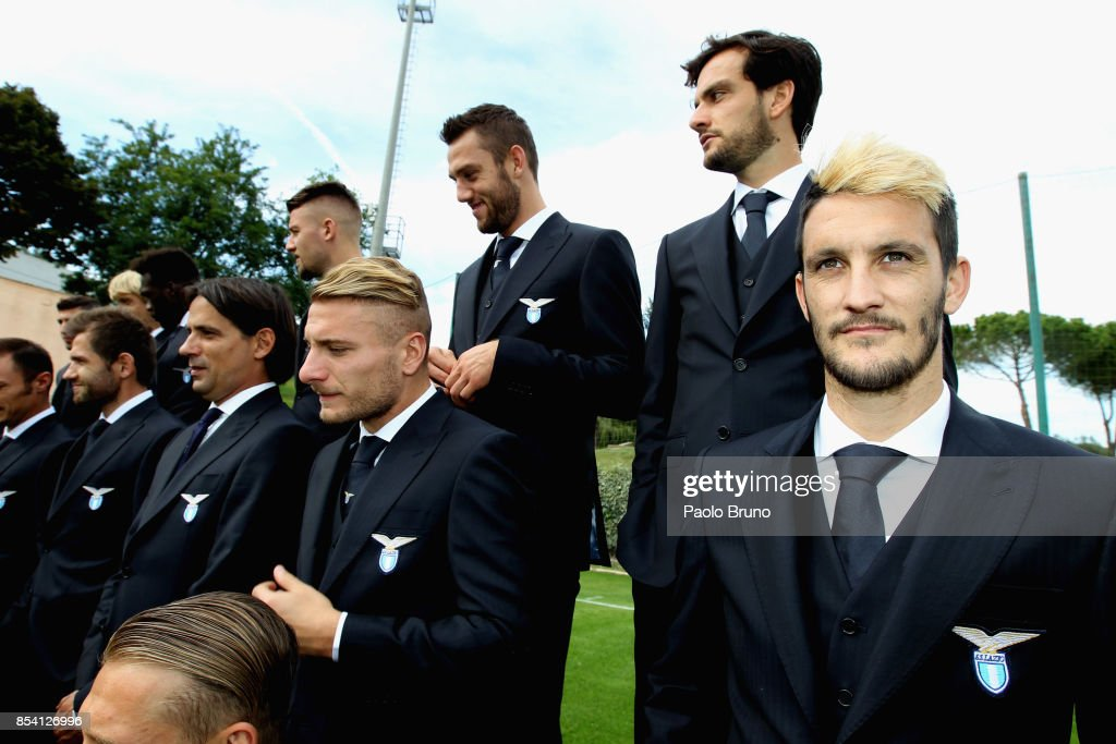 Luis Alberto and his teammates of SS Lazio looks on during the official team photo on September 26, 2017 in Rome, Italy.