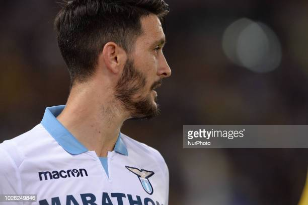 Luis Alberto celebrates after scoring goal 10 with Simone Inzaghi during the Italian Serie A football match between SS Lazio and Frosinone at the...