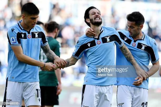 Luis Alberto of SS Lazio celebrate a opening goal with his team mates during the Serie A match between SS Lazio and Bologna FC at Stadio Olimpico on...