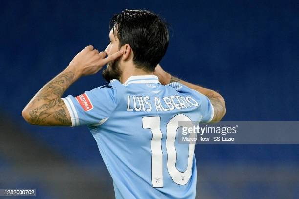 Luis Alberto of SS Lazio celebrates a opening goal during the Serie A match between SS Lazio and Bologna FC at Stadio Olimpico on October 24, 2020 in...