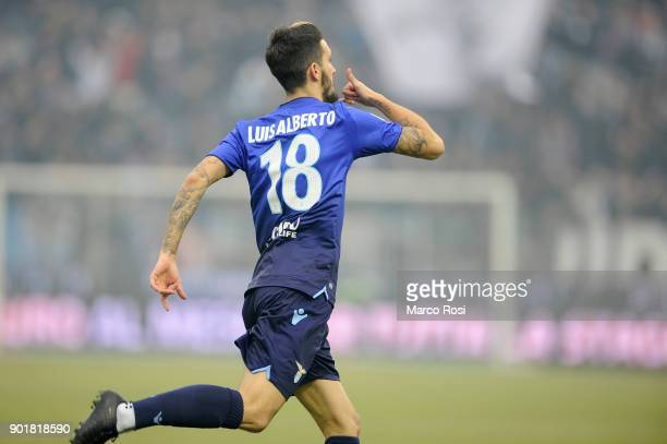 Luis Alberto of SS Lazio celebrates a opening goal during the serie A match between Spal and SS Lazio at Stadio Paolo Mazza on January 6 2018 in...