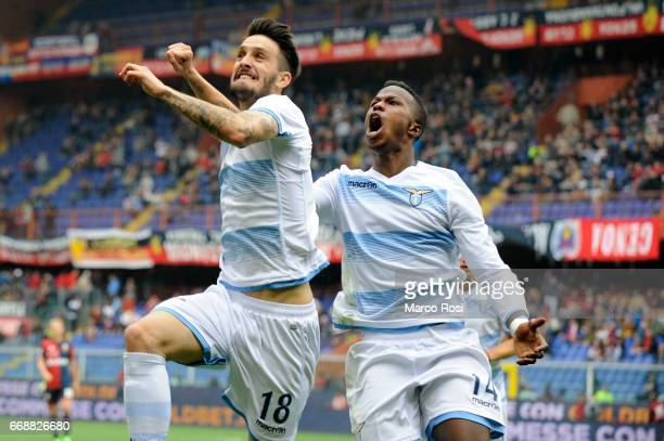 Luis Alberto of SS Lazio celebrates a second goal with his team mates during the Serie A match between Genoa CFC and SS Lazio at Stadio Luigi...