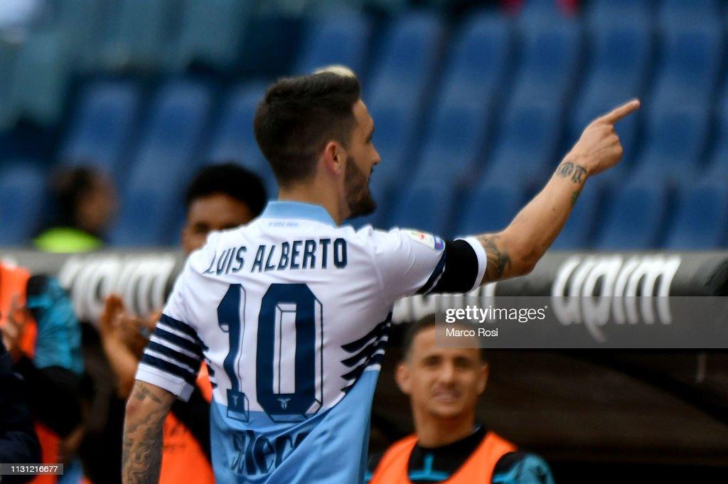 SS Lazio v Parma Calcio - Serie A : Foto di attualità