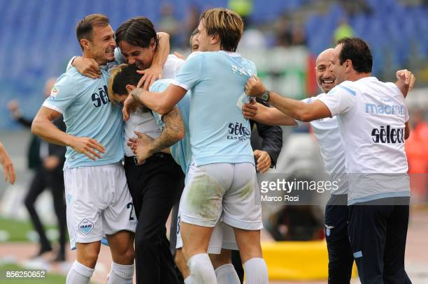 Luis Alberto of SS Lazio celebrates a third gaol with his team mates during the Serie A match between SS Lazio and US Sassuolo at Stadio Olimpico on...