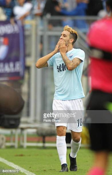 Luis Alberto of SS Lazio celebrates after scoring the team's fourth goal during the Serie A match between SS Lazi o and AC Milan at Stadio Olimpico...
