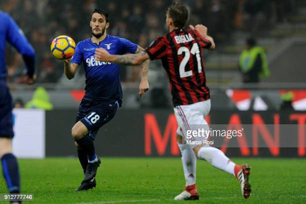Luis Alberto of SS Lazio in action during the TIM Cup match between AC Milan and SS Lazio at Stadio Giuseppe Meazza on January 31 2018 in Milan Italy