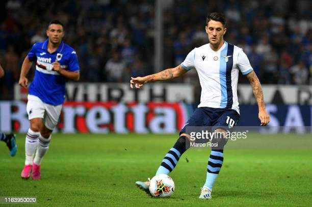 Luis Alberto of SS lazio kicks the ball during the Serie A match between UC Sampdoria and SS Lazio at Stadio Luigi Ferraris on August 25 2019 in...