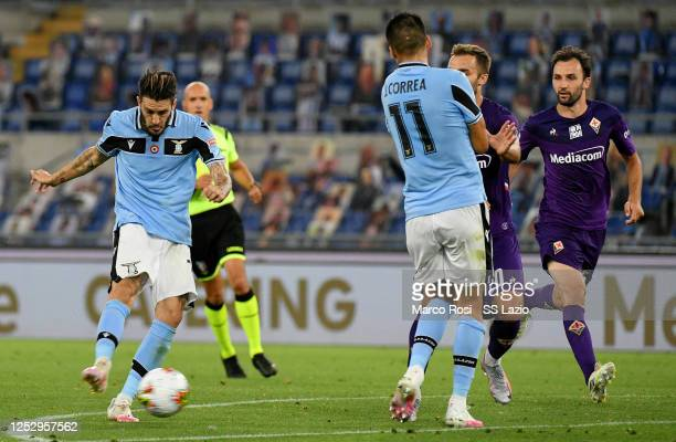 Luis Alberto of SS Lazio scores a second goal during the Serie A match between SS Lazio and ACF Fiorentina at Stadio Olimpico on June 27, 2020 in...