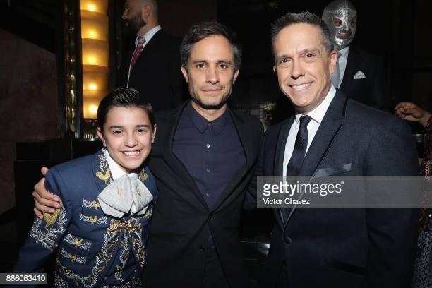 Luis Angel Gomez Gael Garcia Bernal and Film director Lee Unkrich attend the Coco Mexico City premiere at Palacio de Bellas Artes on October 24 2017...