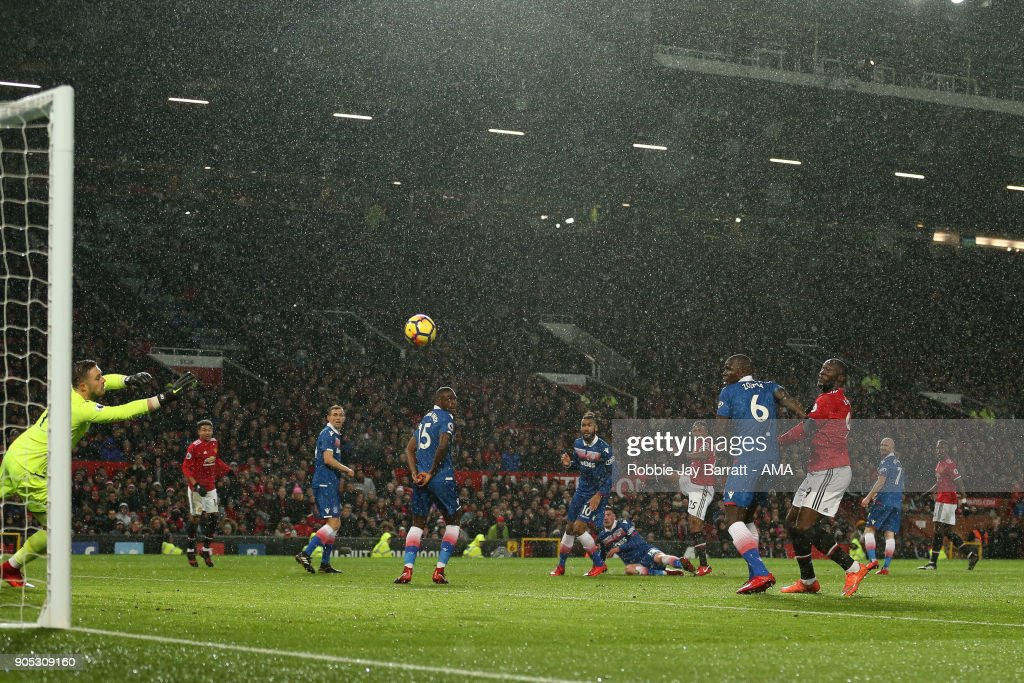 Luis Antonio Valencia of Manchester United scores a goal to make it 1-0 during the Premier League match between Manchester United and Stoke City at Old Trafford on January 15, 2018 in Manchester, England.