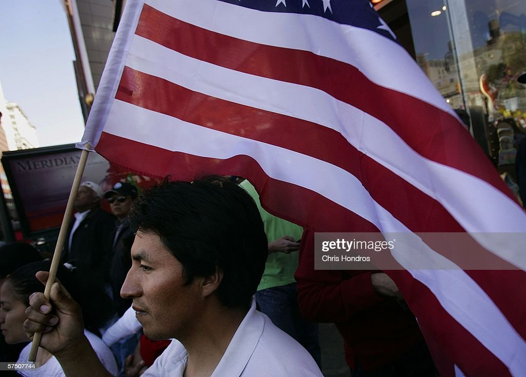 Immigrants Rally And Hold Boycotts Nationwide : Nachrichtenfoto