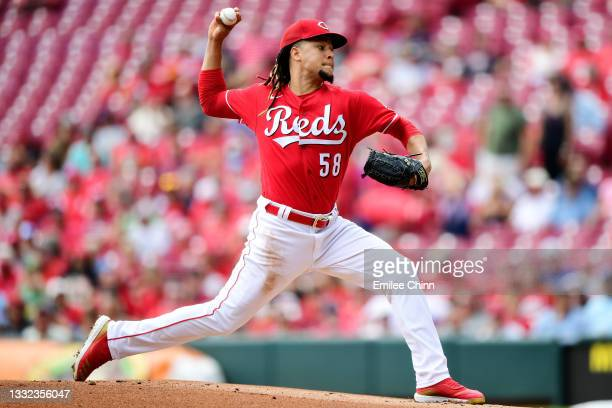 Luis Castillo of the Cincinnati Reds pitches in the first inning during their game against the Minnesota Twins at Great American Ball Park on August...