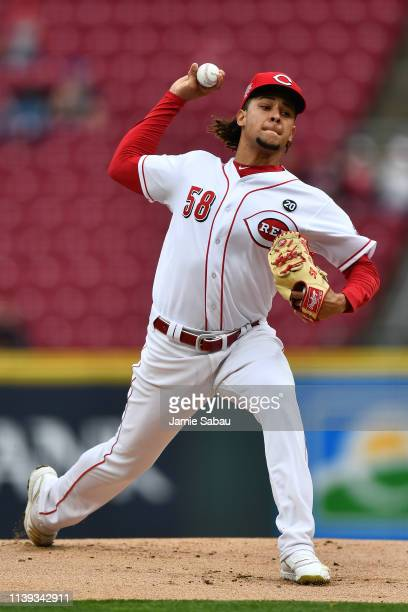 Luis Castillo of the Cincinnati Reds pitches in the first inning against the Atlanta Braves at Great American Ball Park on April 25 2019 in...