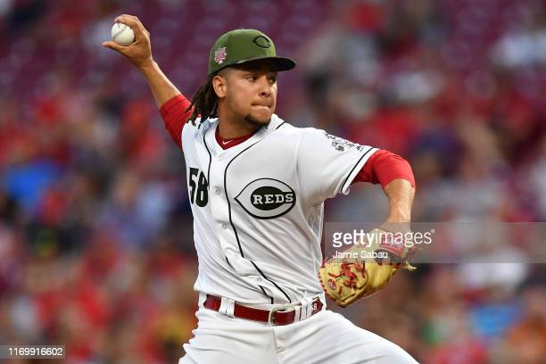 Luis Castillo of the Cincinnati Reds pitches in the second inning against the New York Mets at Great American Ball Park on September 20, 2019 in...