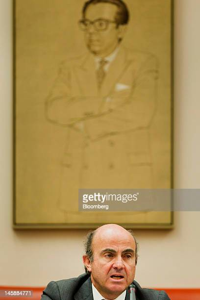 Luis de Guindos Spain's economy minister speaks during a news conference in Madrid Spain on Thursday June 7 2012 Luis Maria Linde will be the next...