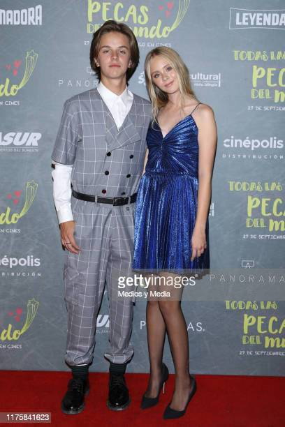 Luis de la Rosa and Loreto Peralta pose for photos on the red carpet for the film 'Todas Caen' at Cinepolis Patio Universidad on September 19 2019 in...