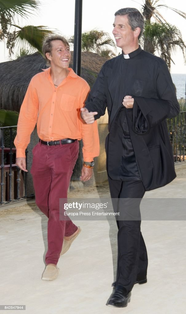 Luis de Luxemburgo (L), from The Grand Ducal Family of Luxembourg, is seen having dinner the day before the wedding of Marie-Gabrielle of Nassau, on September 1, 2017 in Marbella, Spain.