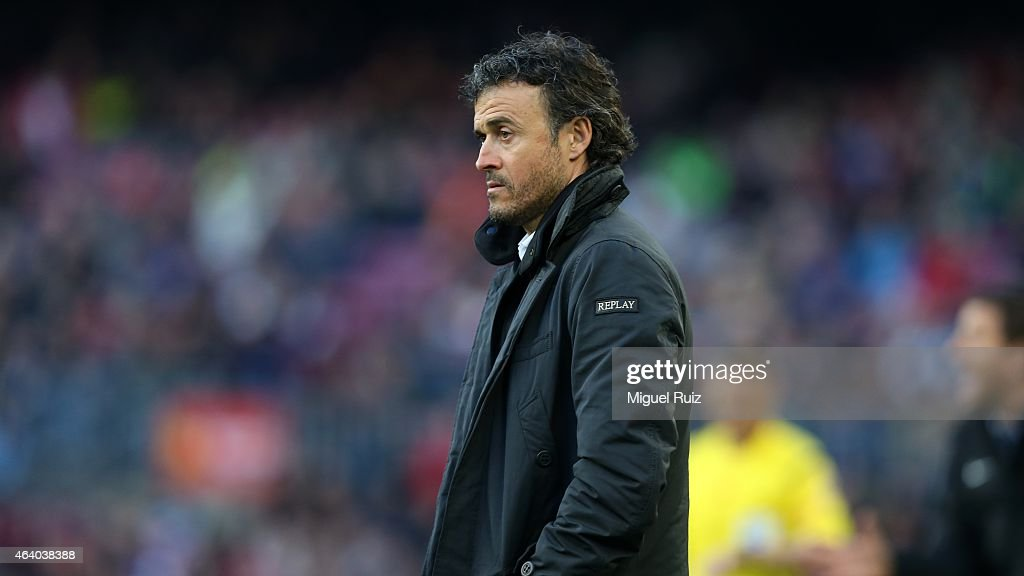 Luis Enrique, head coach of FC Barcelona, observes the team during the La Liga match between FC Barcelona and Malaga CF at Camp Nou on February 21, 2015 in Barcelona, Spain.