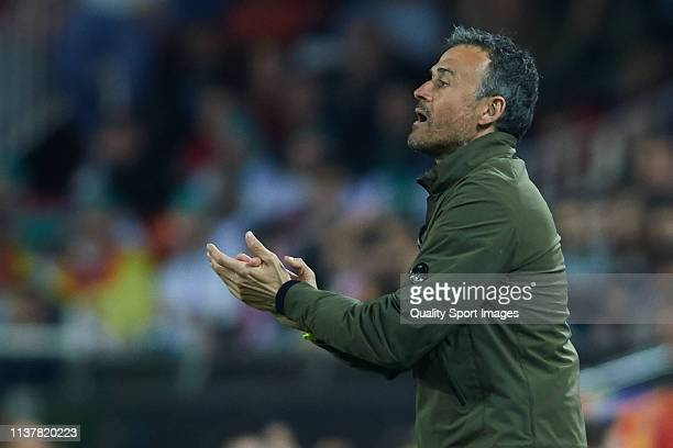 Luis Enrique head coach of Spain reacts during the 2020 UEFA European Championships group F qualifying match between Spain and Norway at Estadi de...
