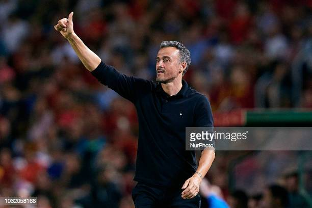 Luis Enrique head coach of Spain reacts during the UEFA Nations League A group four match between Spain and Croatia at Manuel Martinez Valero on...