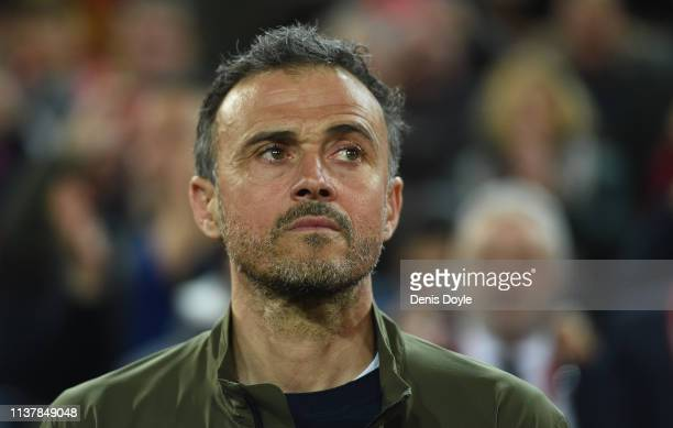 Luis Enrique Manager of Spain looks on before the start of the 2020 UEFA European Championships group F qualifying match between Spain and Norway at...