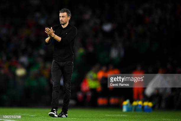 Luis Enrique, manager of Spain looks on during the UEFA Nations League A group Four match between Spain and England at Estadio Benito Villamarin on...