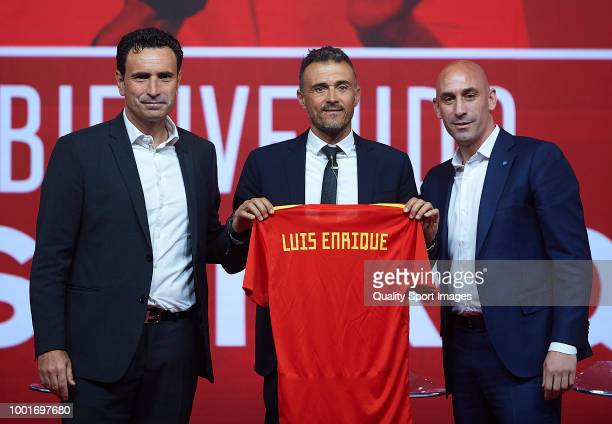 Luis Enrique Martinez poses with Luis Manuel Rubiales President of Spanish Royal Football Federation and Jose Francisco Molina after being announced...