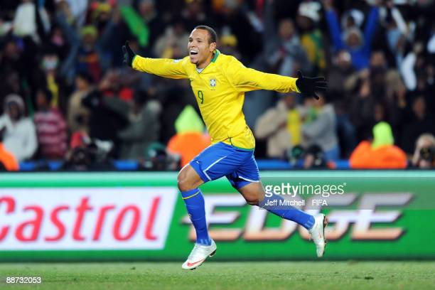 Luis Fabiano celebrates after scoring the equalising goal for Brazil during the FIFA Confederations Cup Final between USA and Brazil at the Ellis...