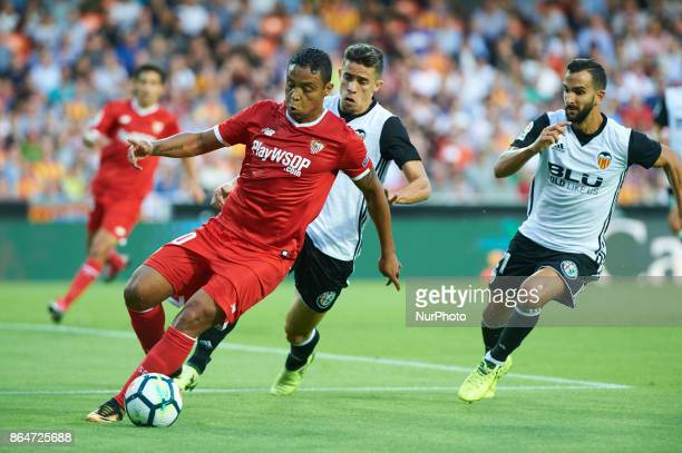 Luis Fernando Muriel of Sevilla FC in action during the La Liga match between Valencia CF and Sevilla FC at Estadio Mestalla on october 21 2017 in...
