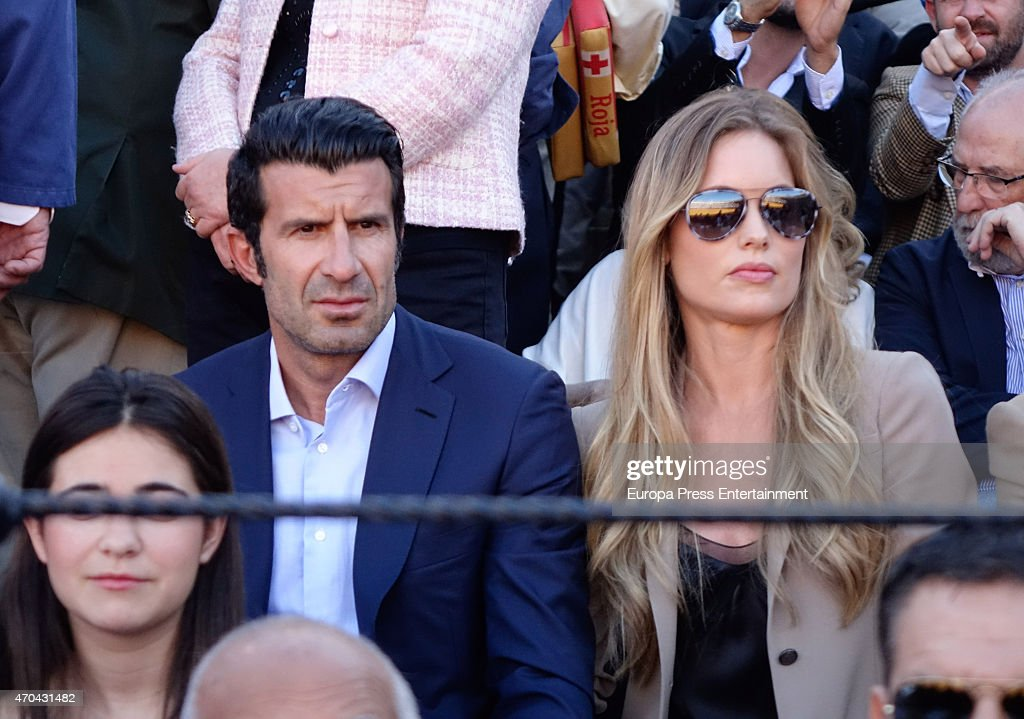 Celebrities Attend Bullfighting At April's Fair in Seville : News Photo