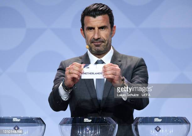 Luis Figo draws out Netherlands during the UEFA Nations League Draw at Beur van Berlage on March 03, 2020 in Amsterdam, Netherlands.