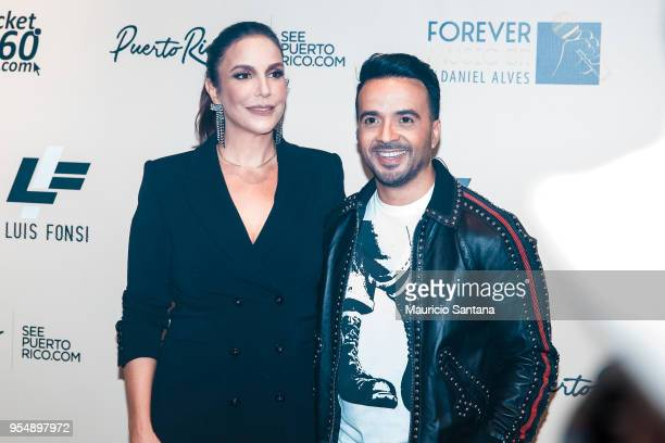 Luis Fonsi and Ivete Sangalo at backstage before the show at Espaco das Americas on May 4 2018 in Sao Paulo Brazil