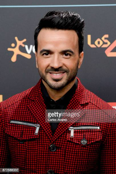 Luis Fonsi attends 'Los 40 Music Awards' photocall at WiZink Center on November 10 2017 in Madrid Spain